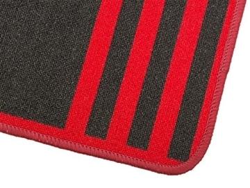 dartteppich in rot schwarz sauber gekettelt detail
